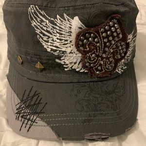 Distressed Savana Hat